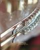 Zirconia strasszos hullámcsat / ezüst színű